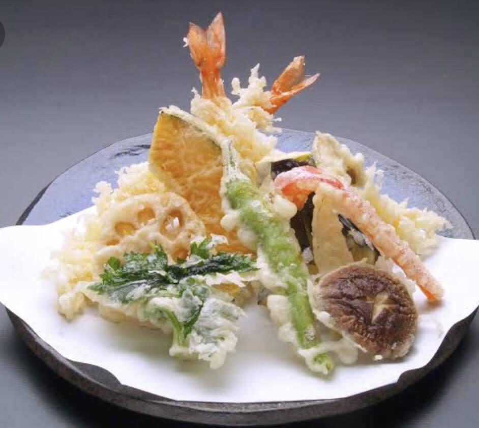 季節の天ぷら盛り合わせ‼️